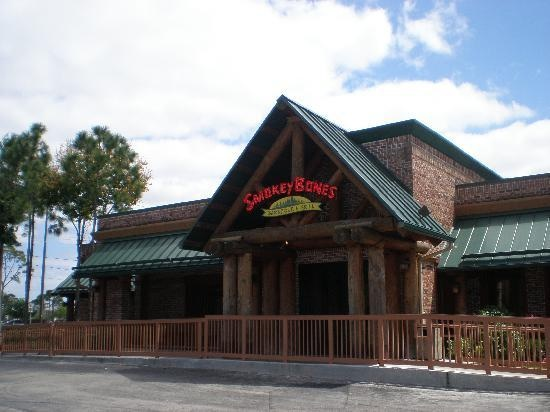 Oct 22, · reviews of Smokey Bones Bar & Fire Grill