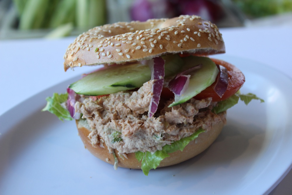 Who makes the best tuna fish salad sandwich in florida for Best tuna fish salad